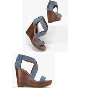 🎈White House BLK Market  Moon Sandals, EUC, Sz 6